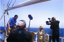 Le Commandant Morzadec sous l'oeil de Geneviève Moll et de la caméra de France 2