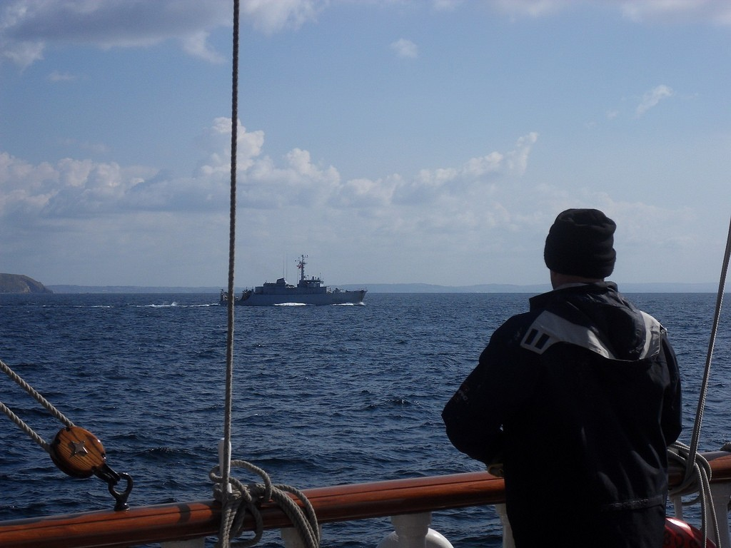 La marine nationale en exercice le long du Belem