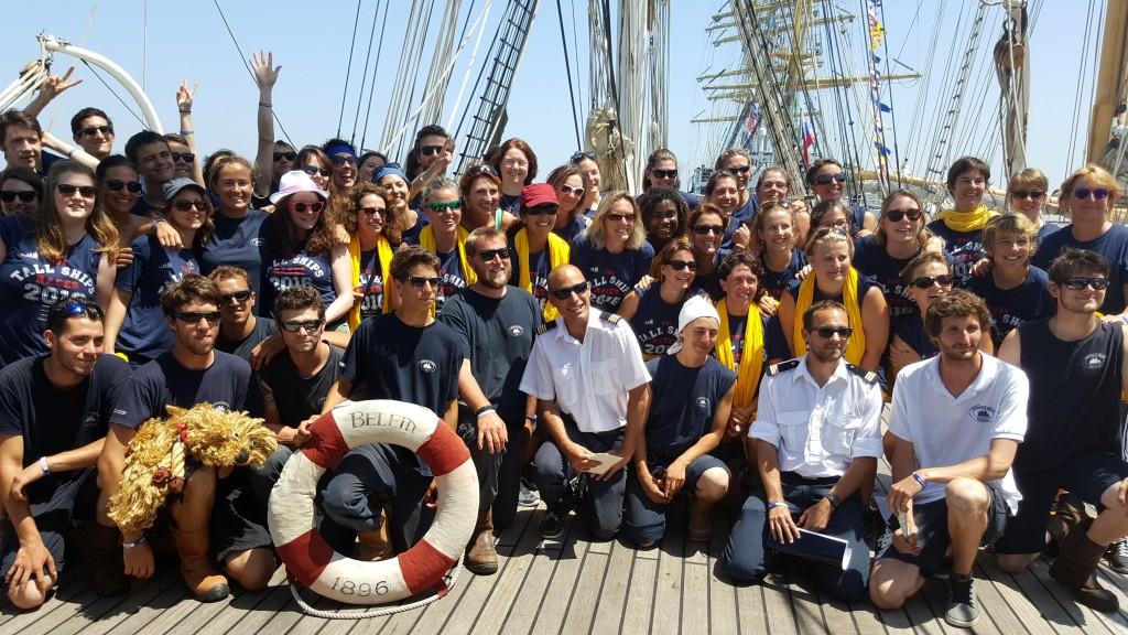 Photo de classe 2016 de l'équipage du Belem et des gazelles de la mer